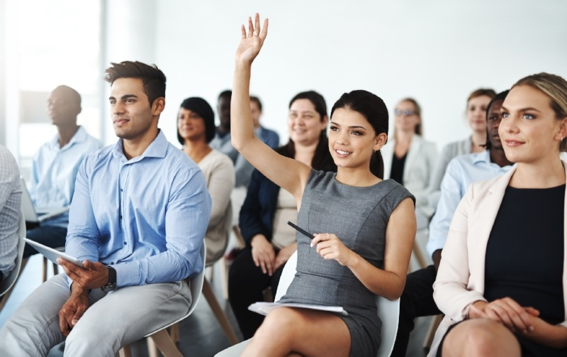 5 Ways Attending a Graduate Event Will Give You a Competitive Edge
